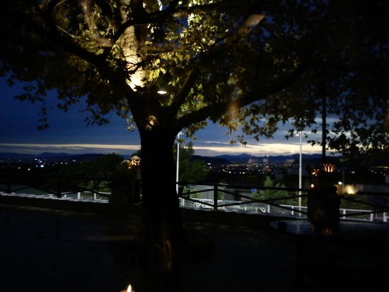 Eleas Gi Restaurant : Just after sunset on the terrace