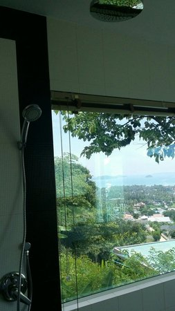 The View Rawada Resort & Spa: Don't be fool by the glass panel at night