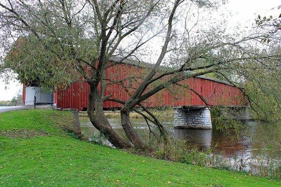 West Montrose Covered Bridge (Kissing Bridge): Bridge View