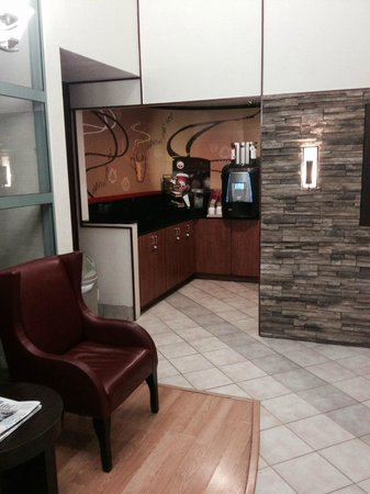 Red Roof Inn Rancho Cordova - Sacramento: Great coffee center, perfect coffee every cup.