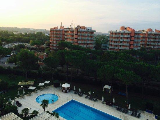 Holiday Inn Rome - Eur Parco Dei Medici : Utsikt fra rommet