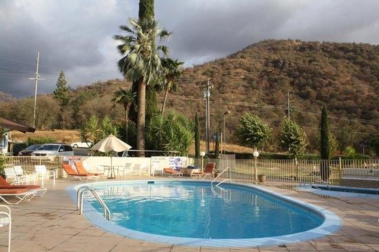Western Holiday Lodge Three Rivers: Three Rivers Western Holiday Lodge Pool