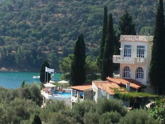 Kerveli Village Hotel: A view of the hotel