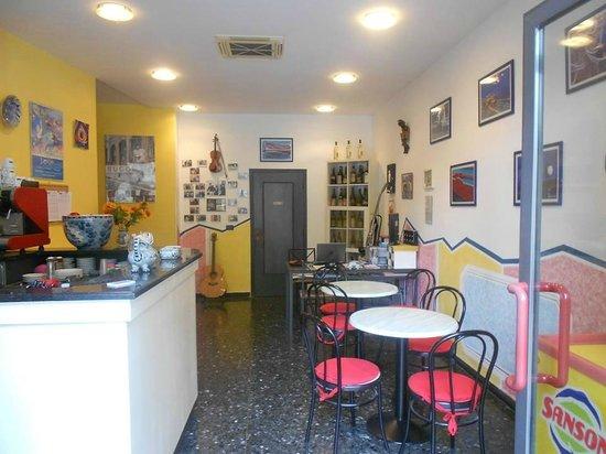 Hotel Belvedere: The Reception area, where the magic happens!  (La zona della reception, dove avviene la magia!)