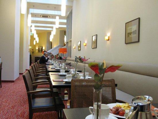 Hotel Kummer: Комната завтраков