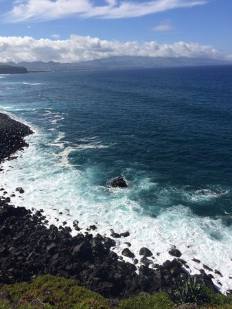 Belazorica Azores Tours: Clear blue waters - Ribeira Grande