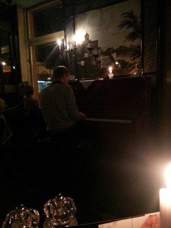 Cafe Heider: Live Klaviermusik
