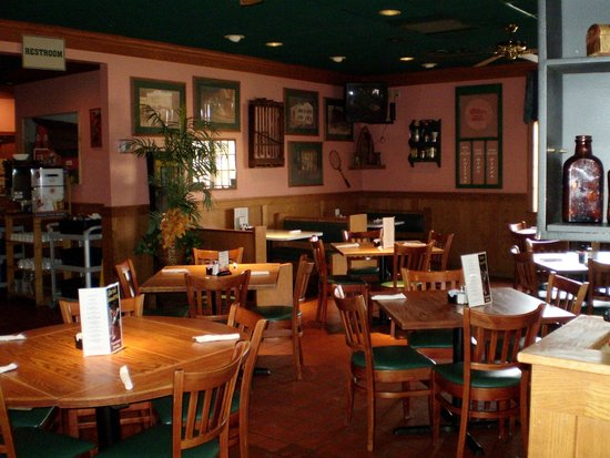 Horrible Review Of Baker Street Restaurant And Pub Kenosha Wi Tripadvisor