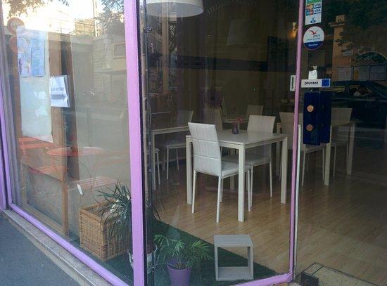 Masseilles, France: Vue de la rue