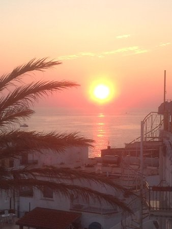 Hotel La Palma: Sunset over sant'angelo