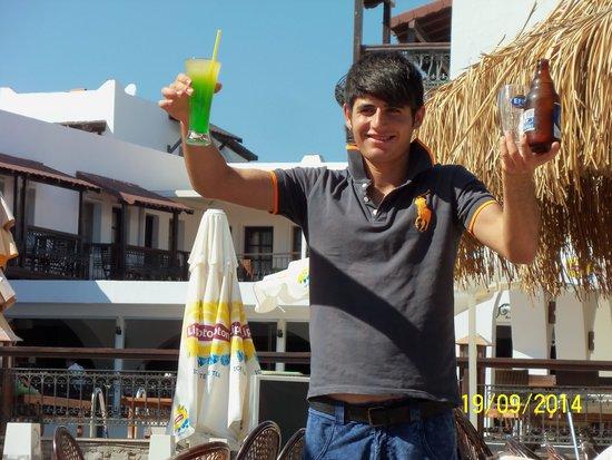 Bitez Han beach bar and resteraunt: Cacan ( Tom Cruise )