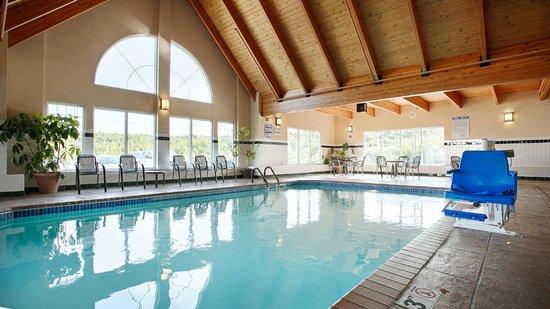 Best Western Plus Spirit Mountain Duluth: Pool