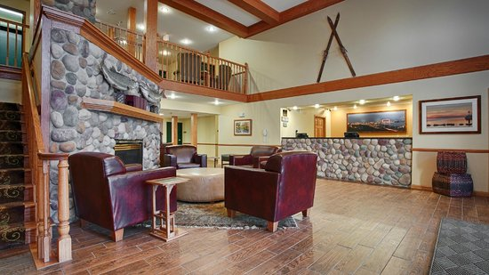 Best Western Plus Spirit Mountain Duluth: Lobby