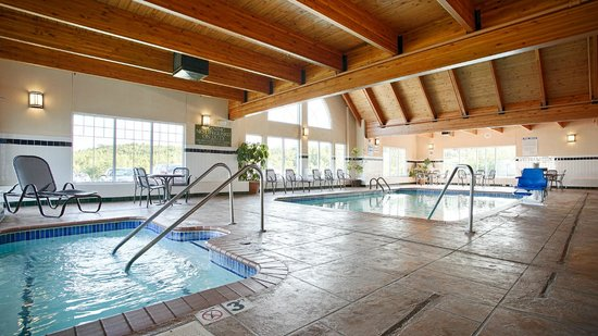 Best Western Plus Spirit Mountain Duluth: Pool