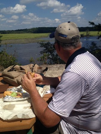 Maurice River Bluffs  Nature Preserve: Lunch on the white trail - with a view.