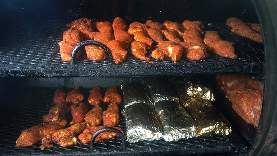 Gnomies Barbecue Shack: Just smokin''