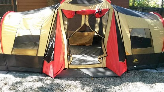 Lazy Daze Campground: Great Fit on pad