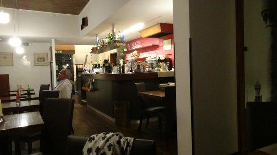 Ristorante Autoespresso: посетителей теперь практически нет