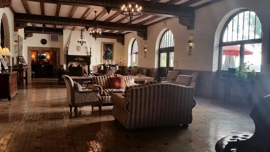 Lobby of Holland Hotel in Alpine.