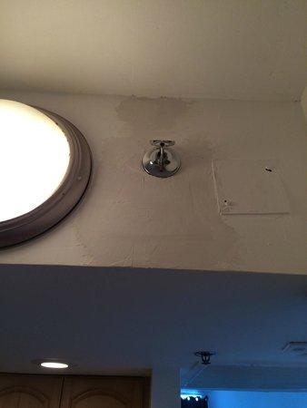 luz habitacion, trabajo sin terminar suite 1012 jaja