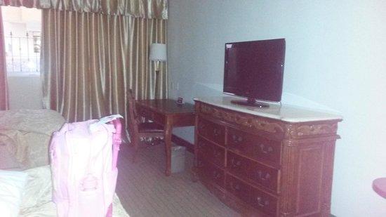 Clarion Hotel & Suites Curacao: Habitacion amplia para 2 personas con 2 camas single