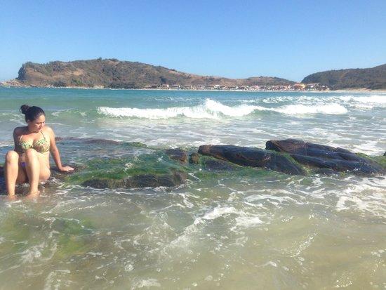 Praia das Conchas: Quando amaré sobe as ondas chegam até a casa que fica no meio das 2 praias
