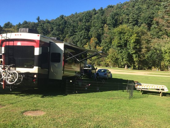 Smith's Campground & Cabins
