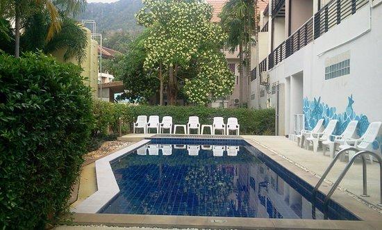 Jinta Andaman: Swimmibg pool