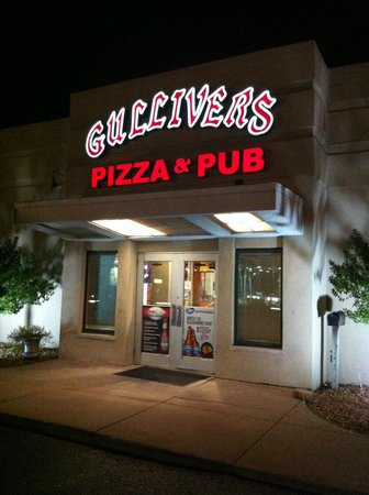 Gullivers Pizza and Pub
