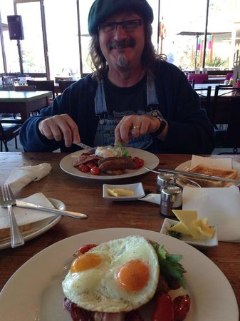 Peppermill Cafe at The Mill Markets   114-116 BELLARINE Highway, Newcomb, Victoria 3219   +61 3 5248 2390