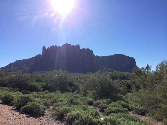 Lost Dutchman State Park: Superstition Mountains