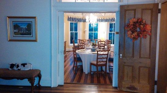 Rockwood Manor: Dining room