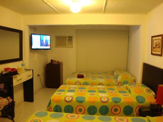 Virrey Inn: room