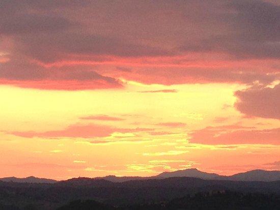 B&B Giannetti: Sunset in Tuscany