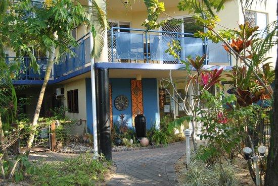 Marina Terraces Holiday Apartments: street view