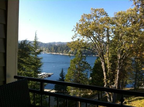 Lake Arrowhead Resort and Spa, Autograph Collection: Balcony view