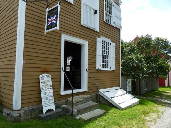 Shelburne, Canada: Ross-Thomson House & Store Museum