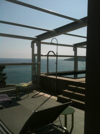 Espace Detente Avec Jacuzzi Sur Toit Terrasse Au 7 Eme Etage Super
