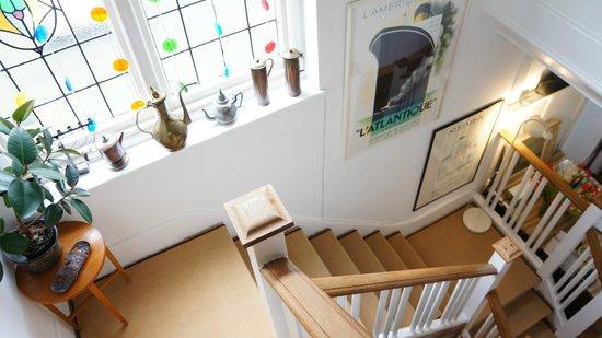 Rhodes Avenue Homestay B&B: steps