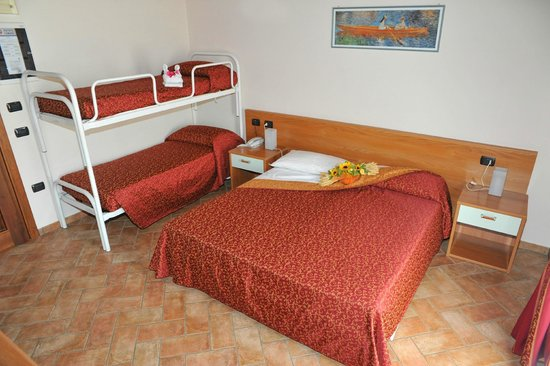 Hotel agli Ulivi: camera per famiglie