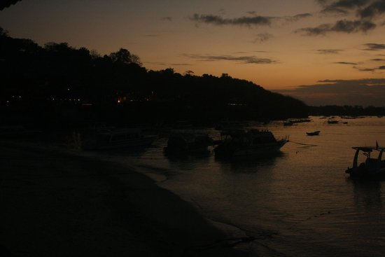 Lembongan Made Inn: finally, sunset!