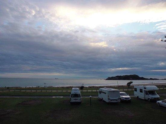 Mount Maunganui Beachside Holiday Park: Zona de acampada