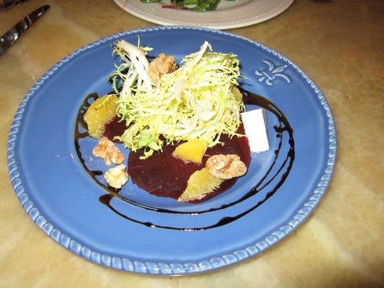 Arielle Restaurant: Beet salad