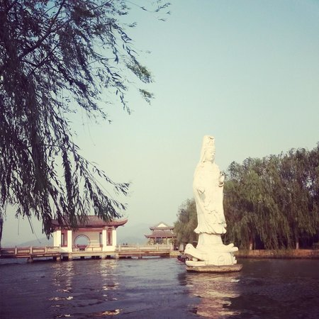 Dongqian Lake Tourist Area