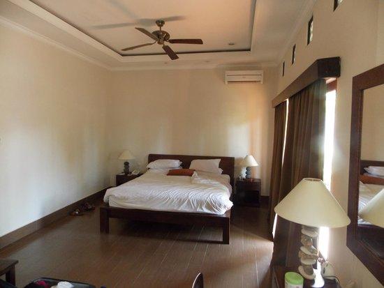 Inata Bisma Resort & Spa Ubud : cama.