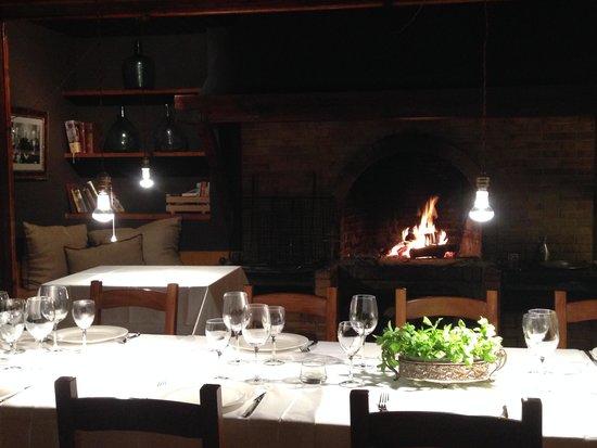 Can maret vilademuls restaurantbeoordelingen tripadvisor for Comedor con chimenea
