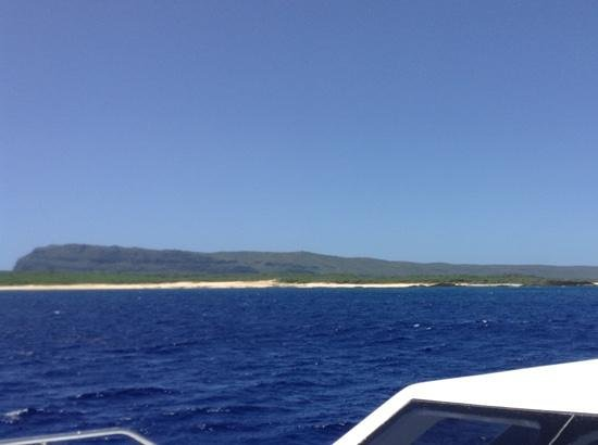 Niihau  - The Forbidden Island: Niihau - Boat View