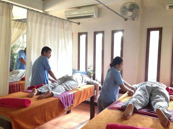 Massage by the blind picture of happy angkor wat massage spa siem reap tripadvisor - Salon massage happy end paris ...