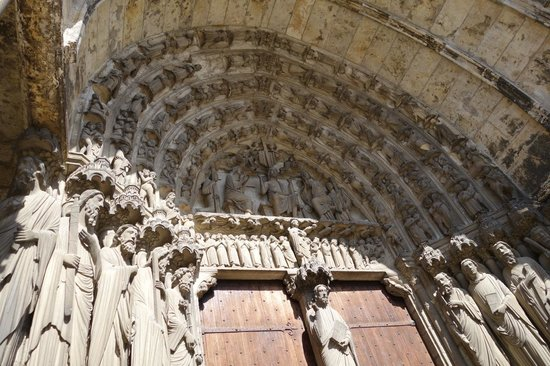 Timhotel Chartres Cathédrale : External decoratives, Chartres Cathedral (Sept 2014)