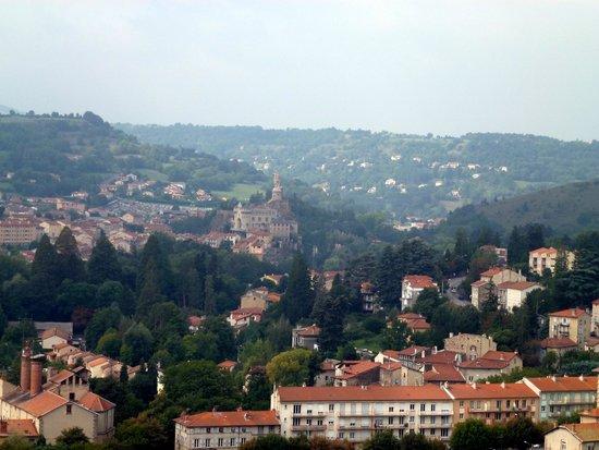 Chapelle St. Michel d'Aiguilhe: Panorama sur le Puy-en-Velay de Saint-Michel-d'Aiguihle.